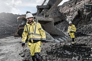 Blaklader-high-visibility-construction-clothing - Copy