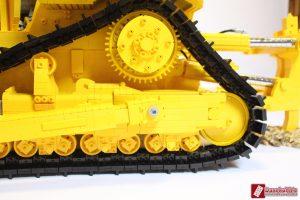 cat-d11-linden-lego-model-6